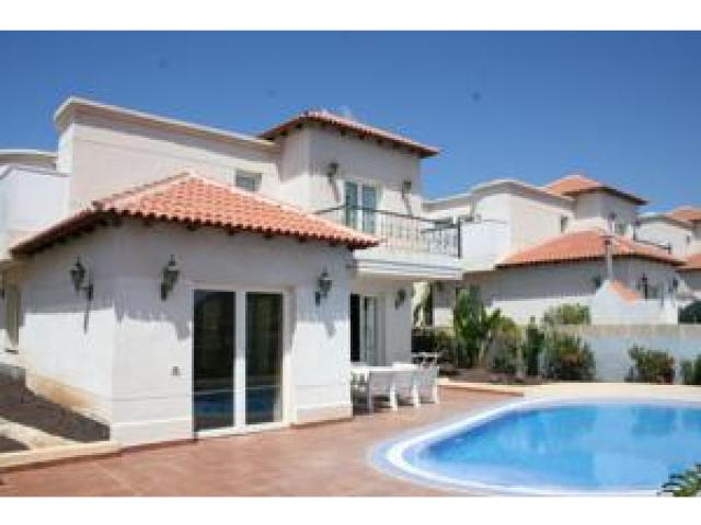 - 3 bed villa with pool, Chayofa, Tenerife